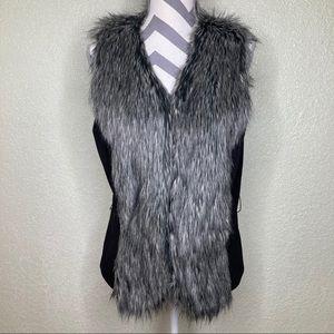 Bisou Bisou Luxury Faux Fox Fur Vest Size Large